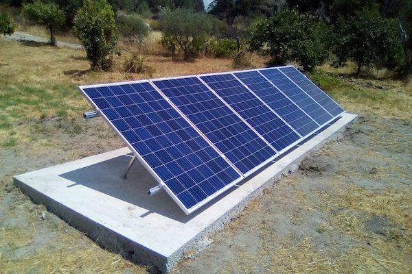 Sizing a photovoltaic system / Dimensionar un sistema fotovoltaico