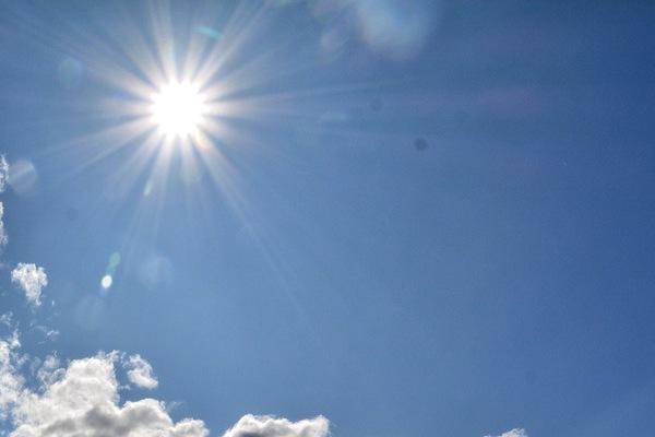 Storing solar energy / Almacenar la energía solar